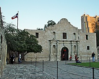 The Alamo - © 2004 Heard & Smith, All Rights Reserved. Photos by Consultwebs.com